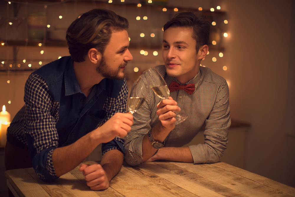 Meet Senior Gay Men Easier than Ever with Online Dating